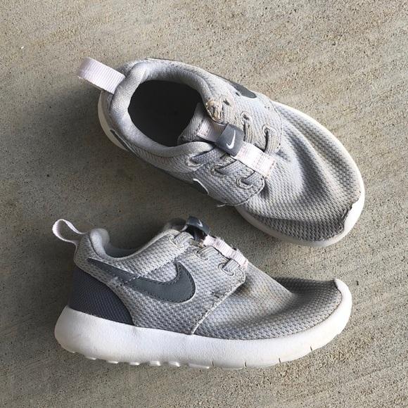 size 40 68214 5c473 Nike Roshe One Toddler Shoes